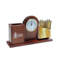 Calendario de madera con reloj